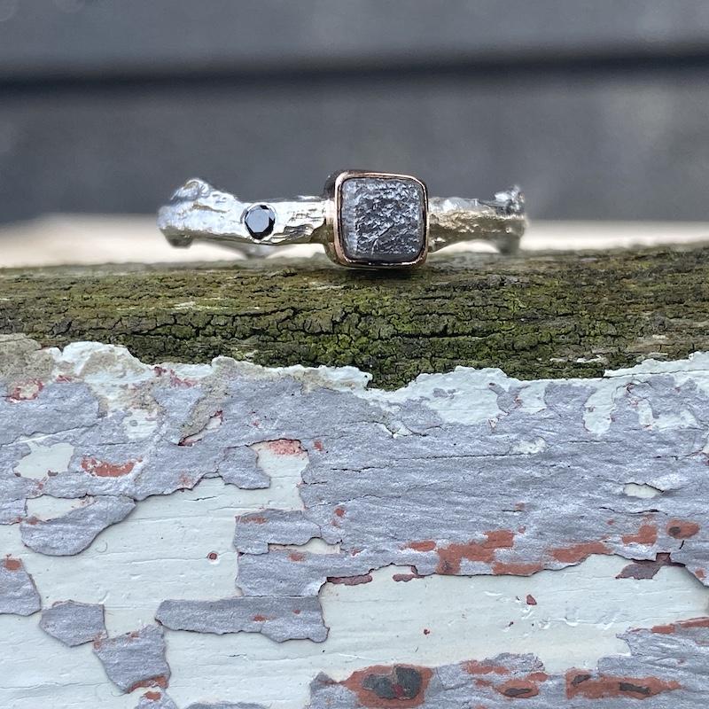 Rå diamant og sølv